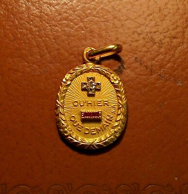 Medaille d'amour Augis or 18carats