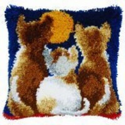 """Latch Hook Complete Cushion Cover Kit""""Cats Moon Watch"""" 43x43cm"""