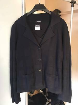 CHANEL authentic 2 Piece cardigan jacket and top size Medium