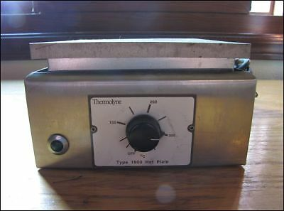 Barnstead Thermolyne Type 1900 Hot Plate Model HPA1915B 120V 750W