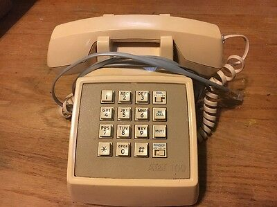 Vintage AT&T 100 Touch-Tone PHONE w Hold Redial TT/DP Modular Connection