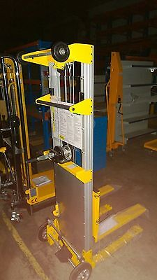 Winch Operated Lift Duct Lifter  Air Conditioner Aircon Lifts Garage Doors Beams