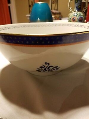 Japanese porcelain ware bowl Hand Decorated in Hong Kong