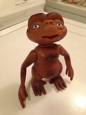 """1980s E.T. The Extra Terrestrial- 6"""" Figure Rare Taiwan Import - Extendable Head"""