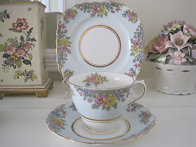 Gorgeous Vintage Colclough Floral Sprays On Blue Fine Bone China Trio