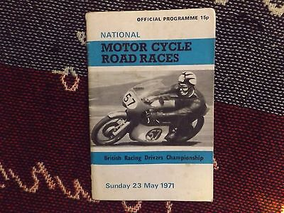 1971 Olivers Mount Motor Cycle Programme 23/5/71 - National Road Races