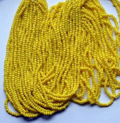 """Vintage Bright Yellow Seed Beads Round Glass Transparent 11//0 18bpi Long20/"""" Hank"""