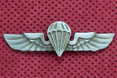 Army Of Republic Of Serbia -  Parachuters Breast Badge
