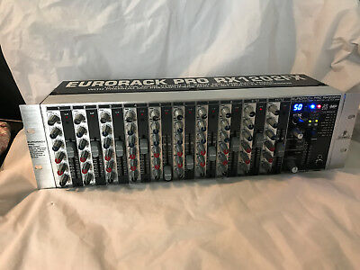 """Behringer RX1202FX Eurorack 12 canaux 9"""""""