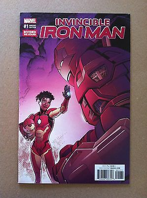 """Invincible Iron Man (2016) #1 """"divided We Stand"""" Variant Cover Nm 1St Printing"""