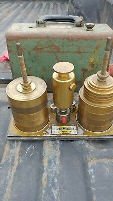 Chandler 15-1 Dead Weight Tester Pressure Calibrator Used Scientific Industrial