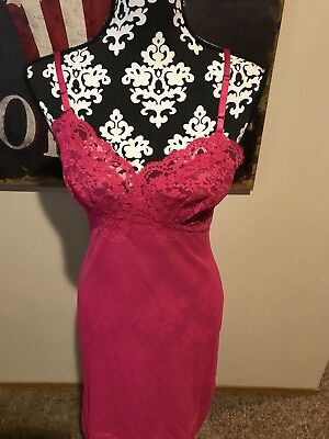 Vintage Vanity Fair Fuschia Pink Lace Slip 34 Nylon Lace Bust And Edging