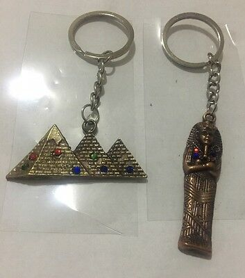 Lot of 2 Egyptian Antique Metal keychains king Tut & The Pyramids Souvenir S11