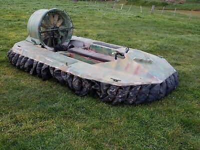 Hover Craft Turbo 235 Superwedge with trailer running