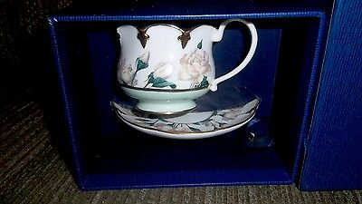 Goebel The Smithsonian Collection White Rose Cup And Saucer Set In Box