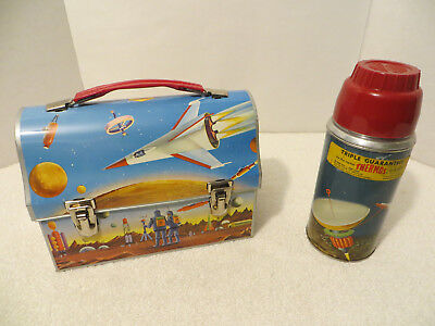 Vintage Metal Domed THERMOS SPACE ASTRONAUTS LUNCH BOX & THERMOS Near Mint!