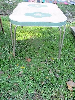 Vintage Retro Chrome Kitchen Table, Green and design top, Pu, Ohio. lot # 2