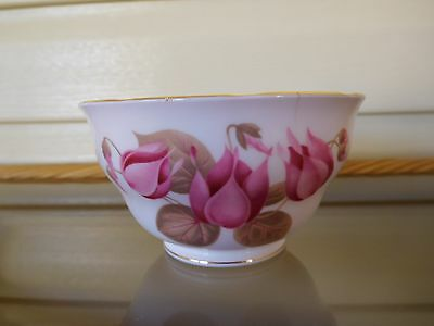 "Colclough ""Pink Cyclamen"" Sugar Bowl Made In England Mint Condition"