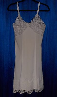 36 short full slip shadow-panel white WIDE lace with FLAWS, nylon tricot vintage
