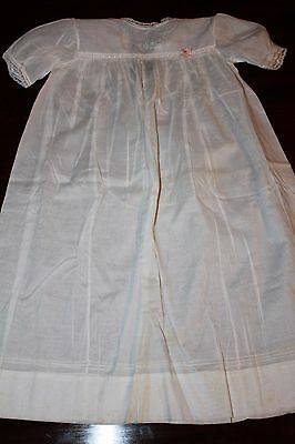 Two vintage cotton christening dresses / gowns, one boxed [A811]