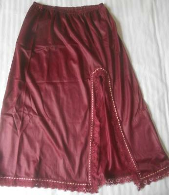 Vintage 1960's Hickory Scamp Plum Colour Nylon Half Slip Front Side Split Ssw