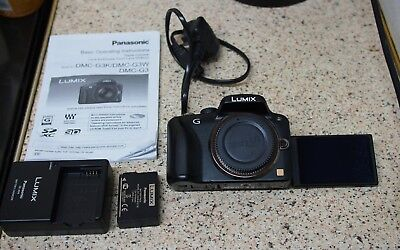 Olympus VF-4 External Electronic Viewfinder - Mint