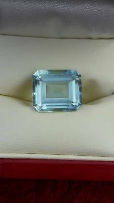 Stunning Aquamarine Gemstone - Large 12.39 carat