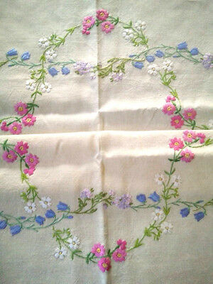 Charming Meadow Flower & Daisy Swags ~ Vintage Hand Embroidered Tablecloth