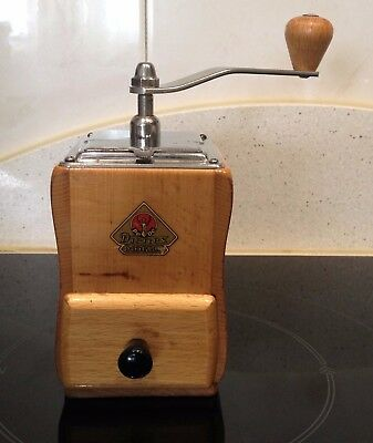Molino de Cafe firma Alemana PETER DIENES PEDE Nr. 520. Antique Coffee Grinder