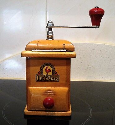Molino de Cafe firma Alemana C.A.L. Carl August Lehnartz. Antique Coffee Grinder