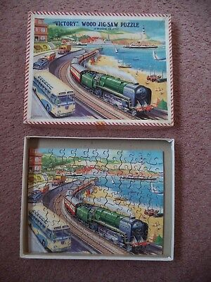 Victory Vintage Wood Jigsaw Puzzle 'of Seaside Traffic' Topical Series TP3