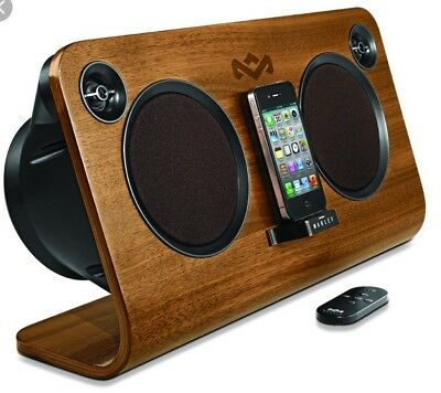 Get Up Stand Up™ Home Audio System House Of Marley 30 Pin & Lightning Adapter