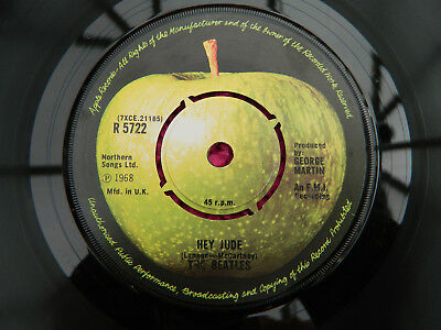 The Beatles Uk Apple Reissue Hey Jude / Revolution Excellent+