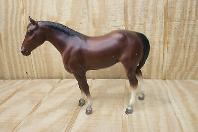 Vintage Breyer Molding Co. Model Light Brown Bay Horse Standing