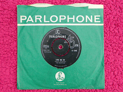 THE BEATLES 1963 UK 2nd PRESS LOVE ME DO BLACK PARLOPHONE LABEL