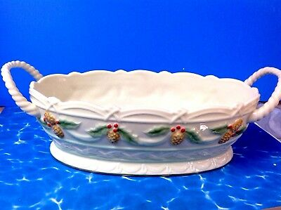 Lenox HOLLY BERRY PINECONE SWAG Porcelain Handled Basket