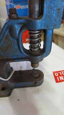 Tools Hand Press Machine - (include rivet die) Rivets and Eyelets