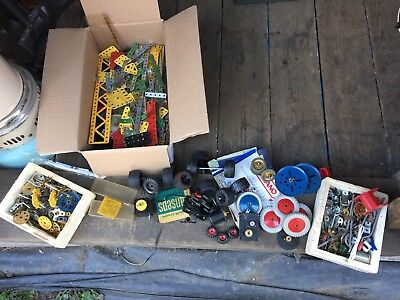 Vintage Meccano Job Lot Parts, Screws, Bolts, Gears, Motors, Brassware, Wheels
