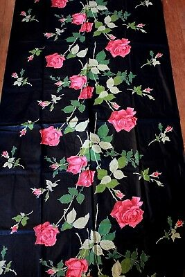 Vintage 1940s Large Red Rose Novelty Border Print Fabric Polished Cotton