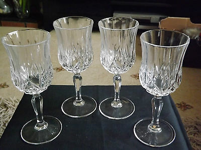 Beautiful Set 4 Crystal Stemmed Fluted Wine / Fruit / Water Glasses 17.5cmTall