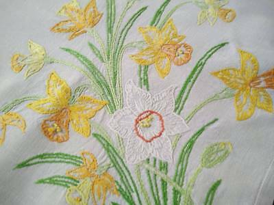 Glorious Golden Daffodils ~ Vintage Hand Embroidered Tablecloth