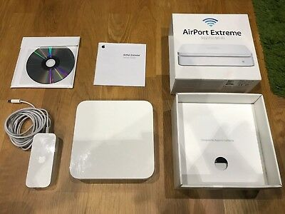 AirPort Extreme 802.11n 4th Generation - MC340B/A (A1354) - Very good condition