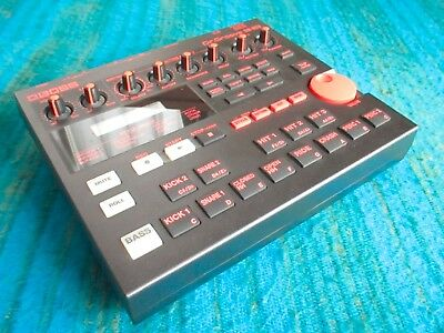 Boss Dr. Groove DR-202 Drum Machine - w/ AC Adapter - B323