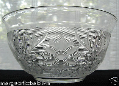 """Anchor Hocking Glass Clear Crystal Sandwich 9 1/4"""" Serving Bowl"""