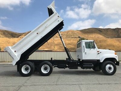 International 2554 12 Yard Dump Truck. Low Low Miles. Loaded, Ac, Auto Trans, Ex