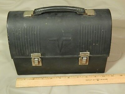 The American Thermos Bottle Co._Norwich, Conn. USA_(Flat Black) METAL LUNCHBOX