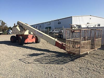 1997 JLG 80HX Gas Engine, Telescopic Boom Lift with Self-expanding Axels