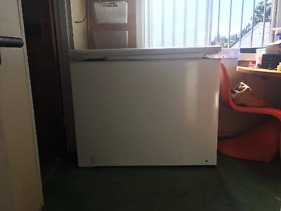 FISHER & PAYKEL H360 FREEZER 358 litre