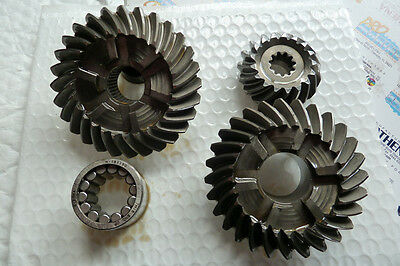 LOWER UNIT GEAR SET Replaces: 43-96084A4 Sierra 18-2200