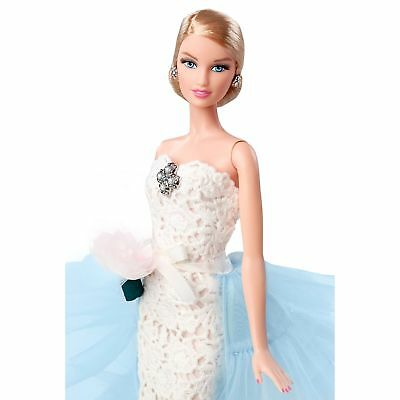 Barbie Collector Oscar De La Renta Bride Doll DGW60 NRFB w Shipper